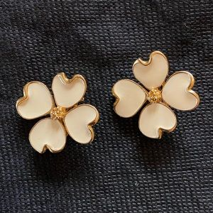 Jewelry - Floral Clip-on Earrings